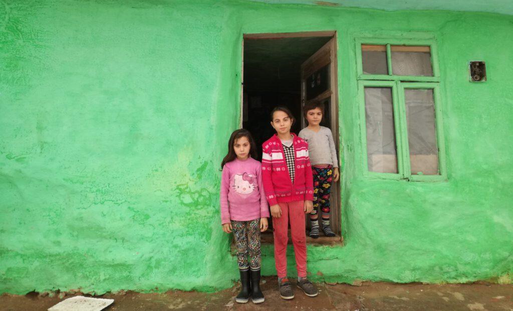 Drie kinderen uit Bacau, Roemenië